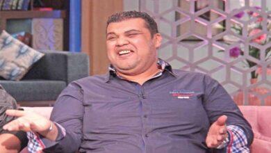 Photo of الفنان المصري أحمد فتحي وقصة ممثل عمل بائعاً للهواتف وغيرت أغنية مسار حياته وأبرز المعلومات عنه (فيديو)