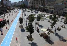 Photo of أتراك يحتجون على قرار بلدية بولو بتوزيع المياه على السوريين في المدينة (فيديو)