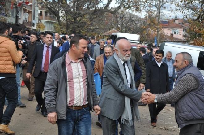 """شارك في مسلسل وادي الذئاب اشتهر في """"قيامة أرطغرل"""".. قصة الفنان التركي الراحل حسين أوزاي"""